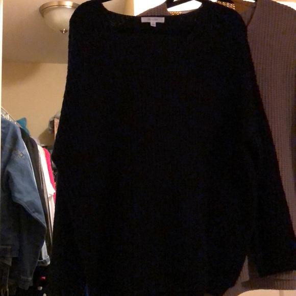 Black oversize sweater